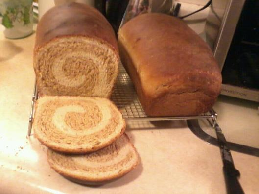 Two tone yeast bread